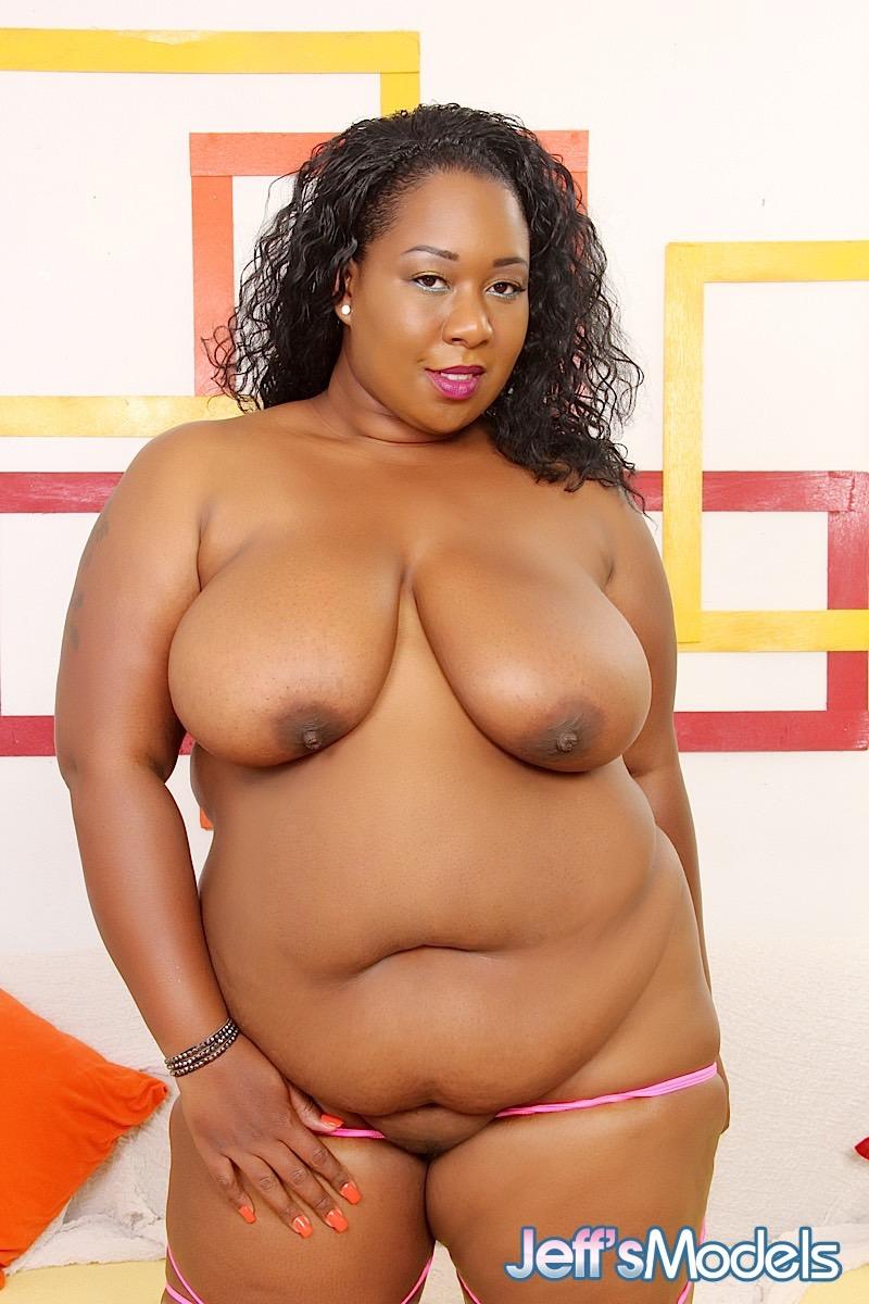 ebony plus size nude